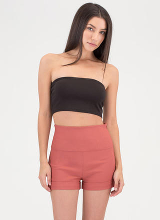 On A High-Waisted Cuffed Shorts