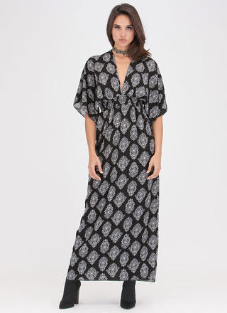 Chic Weekend Plunging Printed Maxi Dress