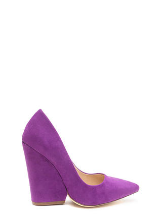 Bring Up A Point Faux Suede Wedges