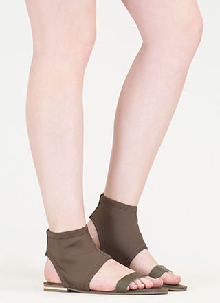 Minimal Sophistication Cut-Out Sandals