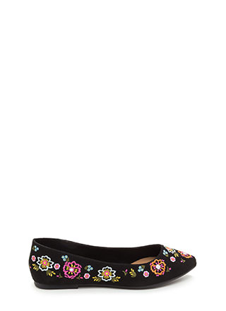 Code Thread Pointy Floral Flats