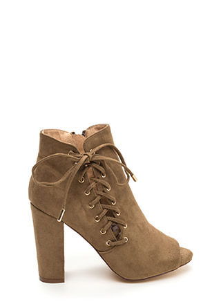 Tied Park Slit Peep-Toe Booties