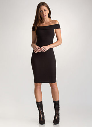 Off-Shoulder Season Ribbed Mini Dress