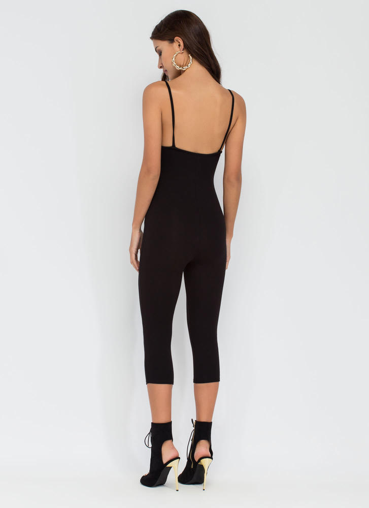 Eyes On You Basic Cropped Jumpsuit BLACK