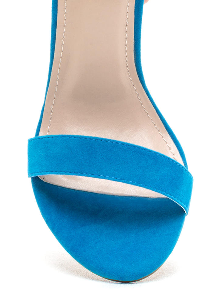 Simple Statement Chunky Velvet Heels TURQUOISE