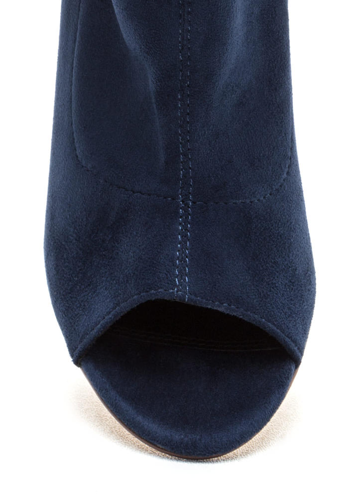 Let It Be Chunky Peep-Toe Booties NAVY