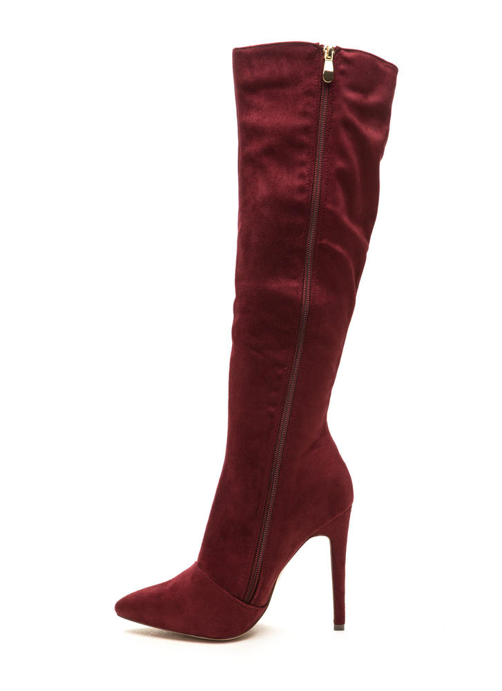 On A Diagonal Pointy Zip-Up Boots WINE
