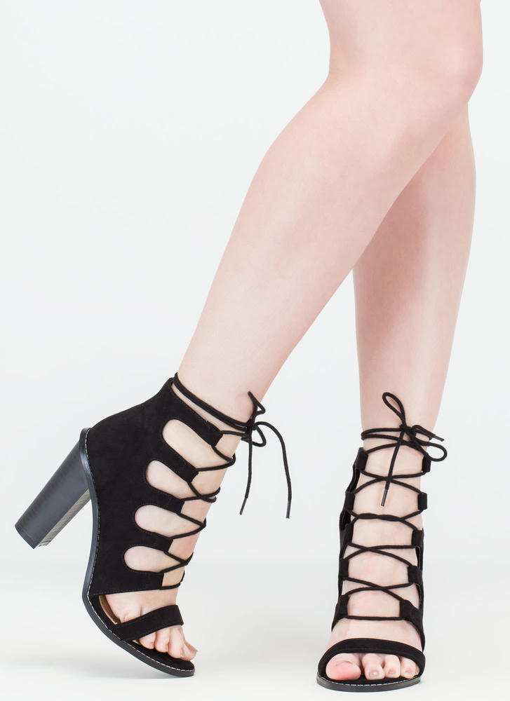 Foot Notes Lace-Up Chunky Heels BLACK