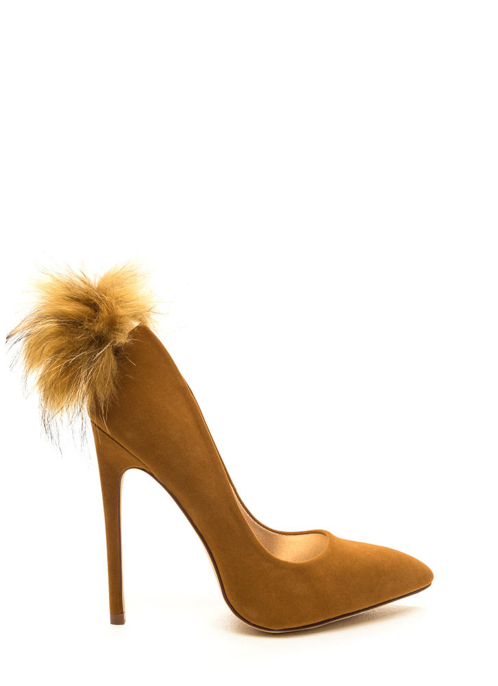 Feathered Friend Pointy Velvet Pumps TAN