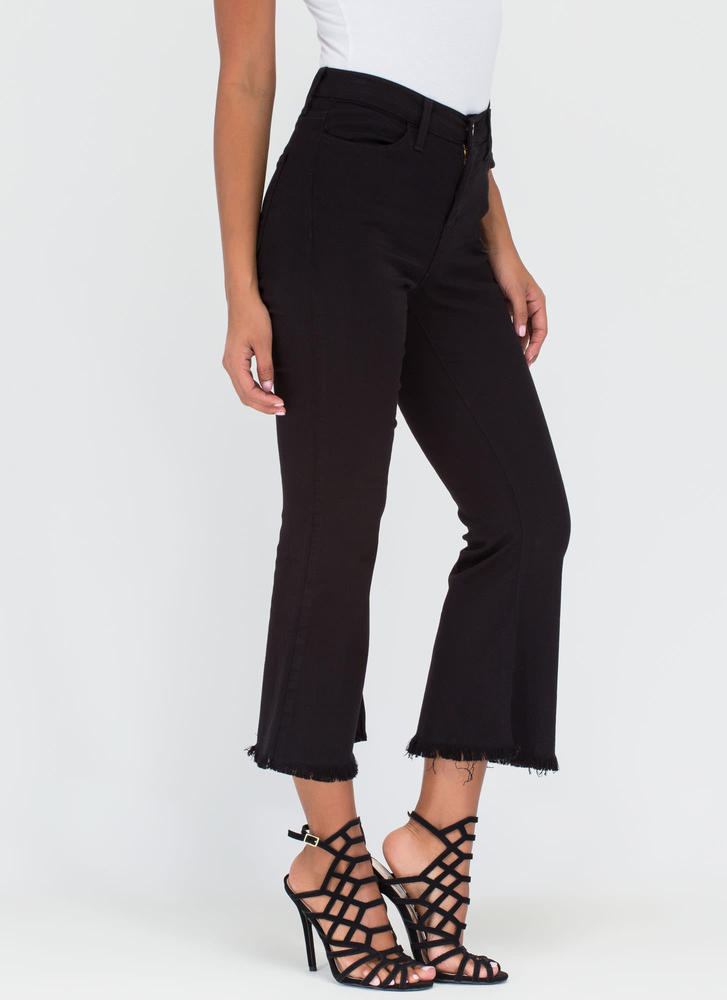 Chic Intro Flared Crop Jeans BLACK (Final Sale)