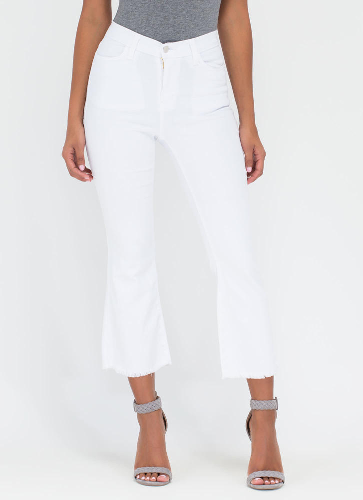 Chic Intro Flared Crop Jeans