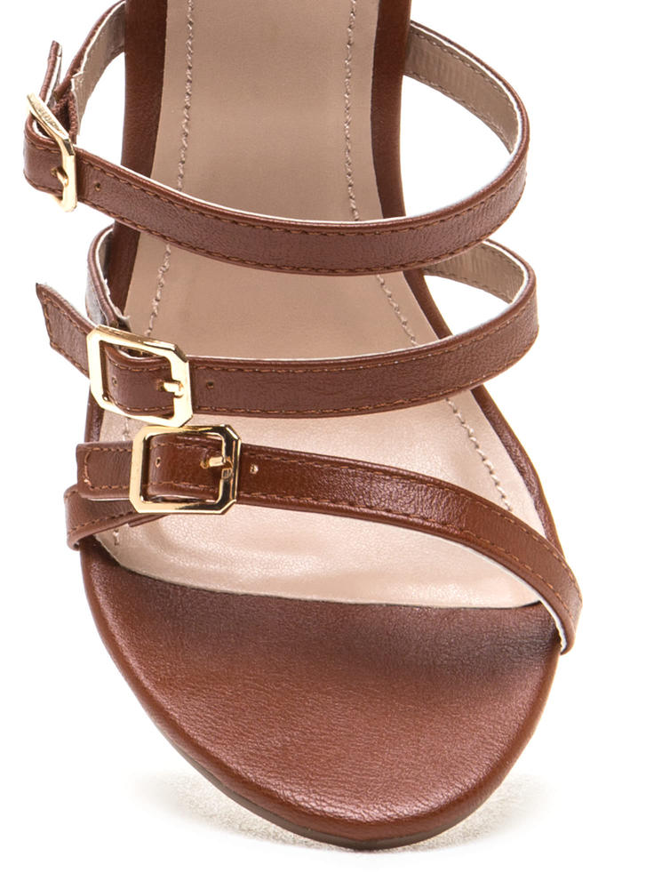 Right 'N Rung Strappy Chunky Heels COGNAC