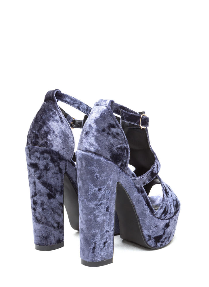 Crushing Blow Chunky Velvet Heels BLUE