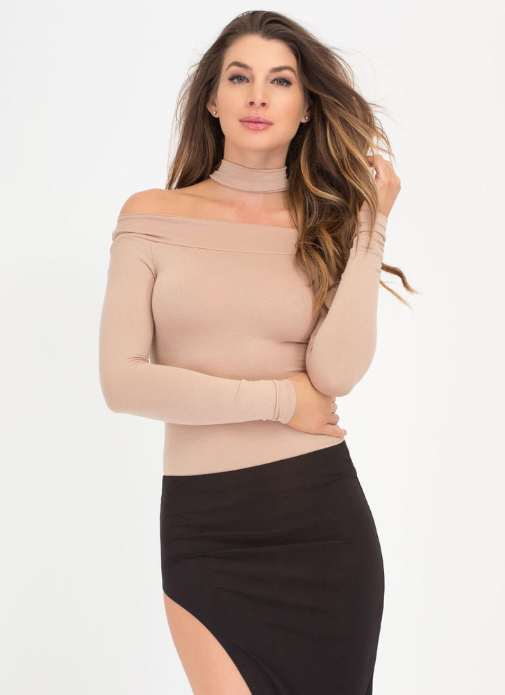 Off-Shoulder Show Choker Bodysuit BEIGE