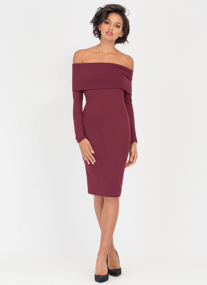 Out With The Fold Off-Shoulder Dress BURGUNDY