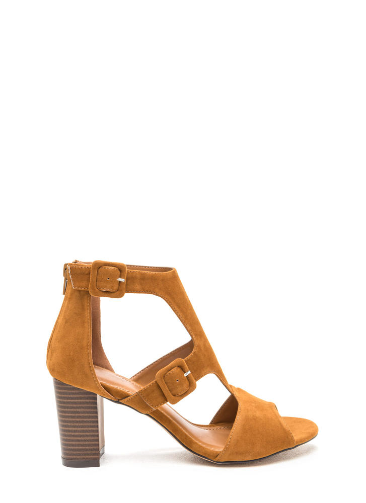 Essence Of Style Cut-Out Chunky Heels CHESTNUT