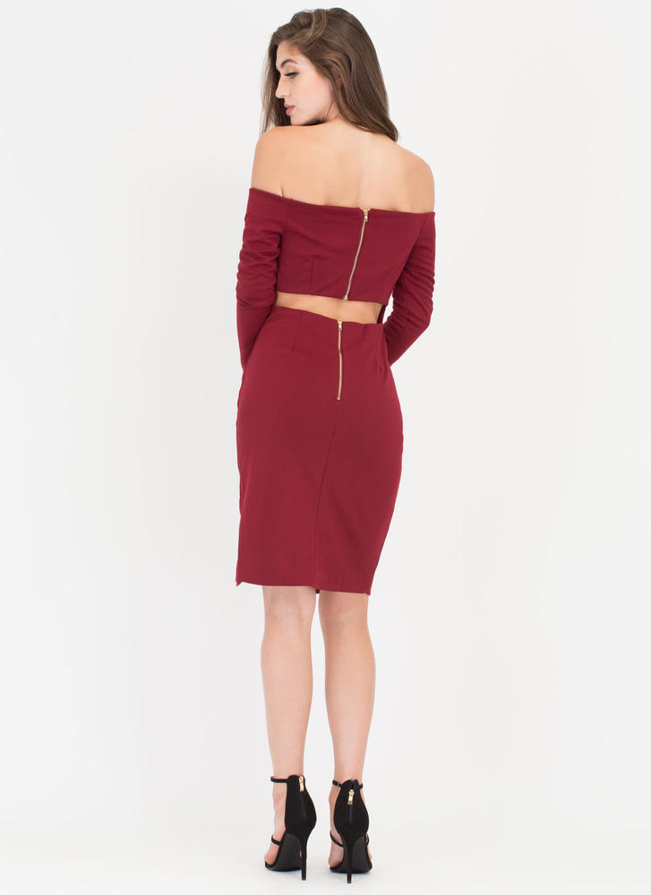 In Charge Off-Shoulder Cut-Out Dress WINE