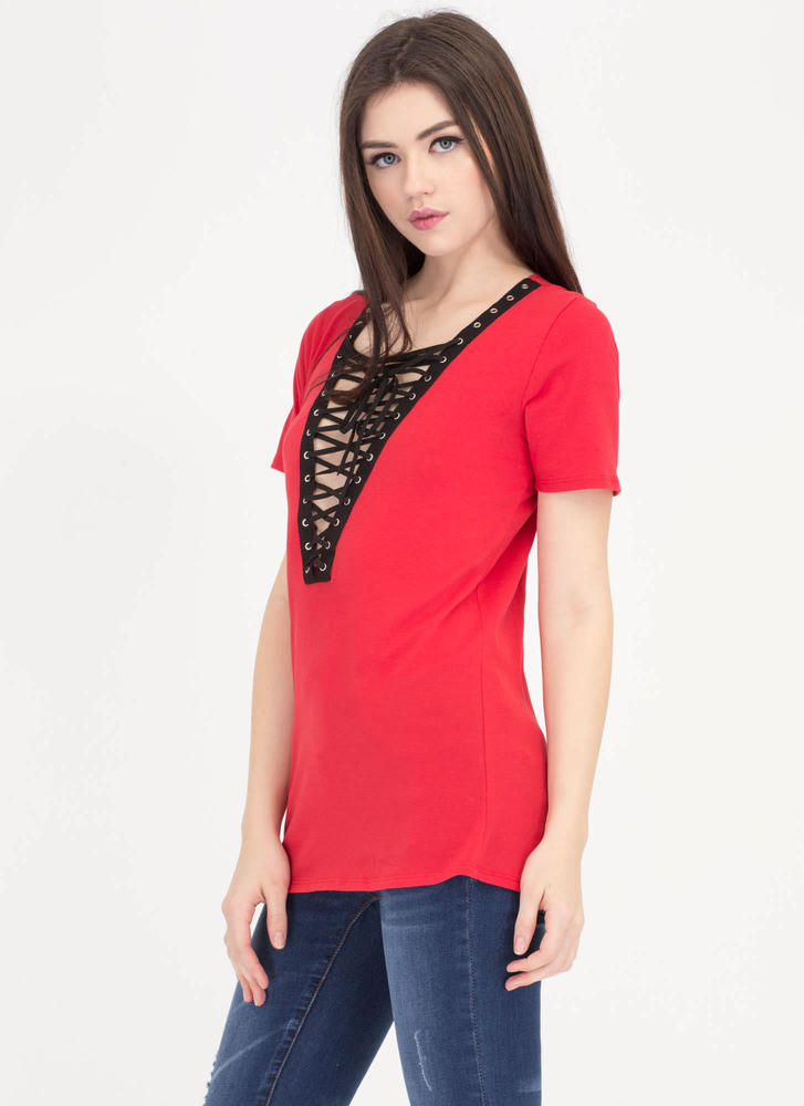 Rockstar Lifestyle Lace-Up Grommet Top RED