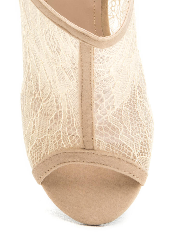Clearly Lace Chunky Lucite Mules NUDE