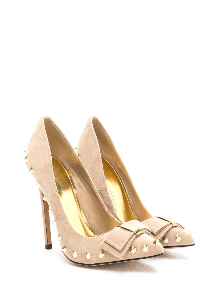 Bow My Goodness Studded Pointy Pumps NUDE