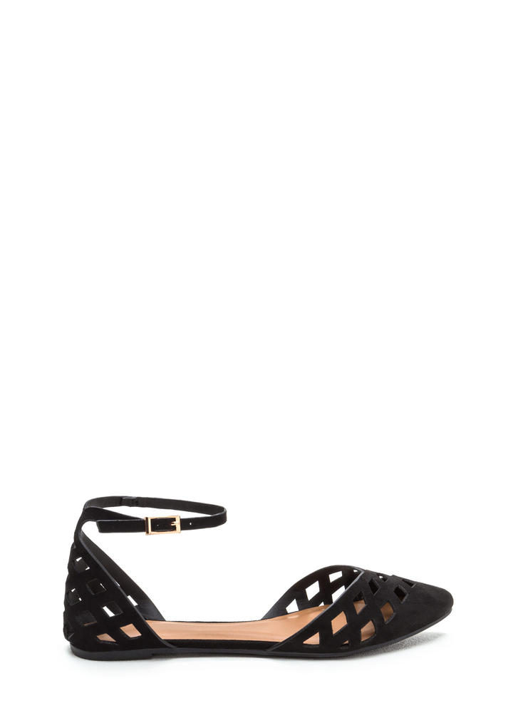 Laser Focus Cut-Out Pointy Flats BLACK