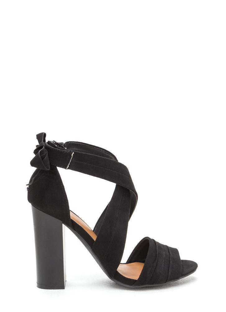Say Pretty Pleats Strappy Chunky Heels BLACK