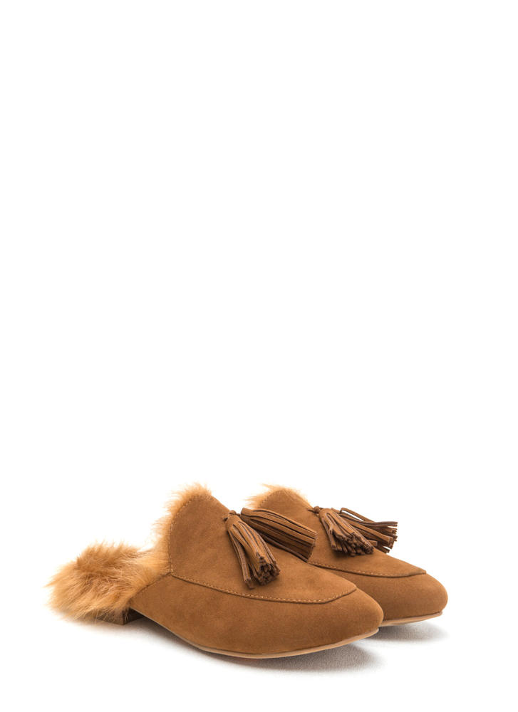 Furry Up Tasseled Moccasin Mules CHESTNUT