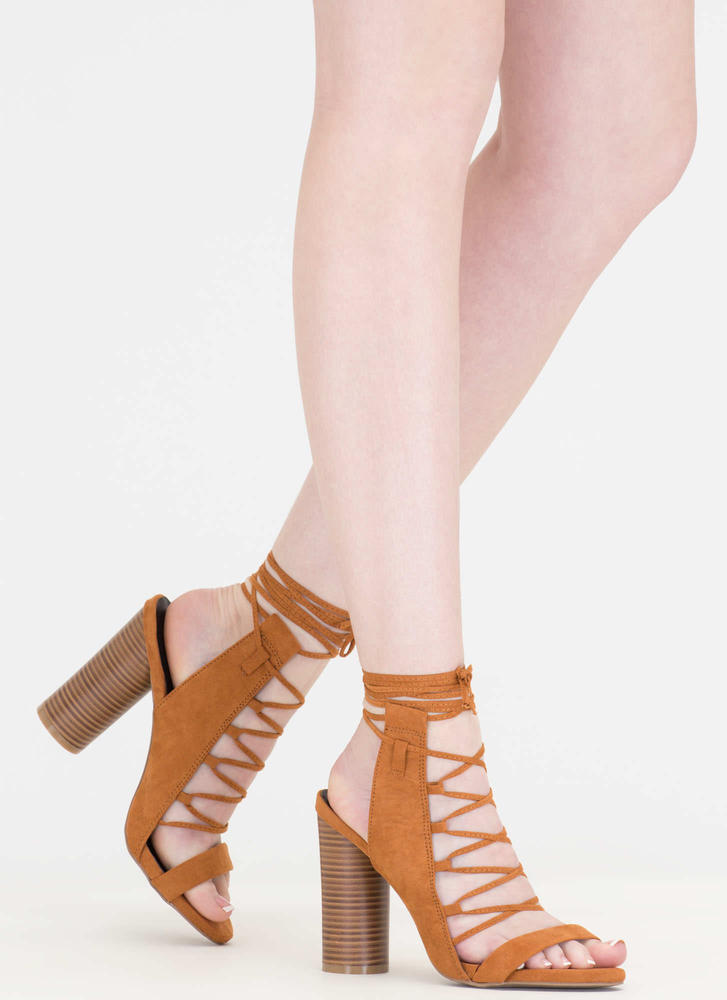 You Wood Lace-Up Cylindrical Heels
