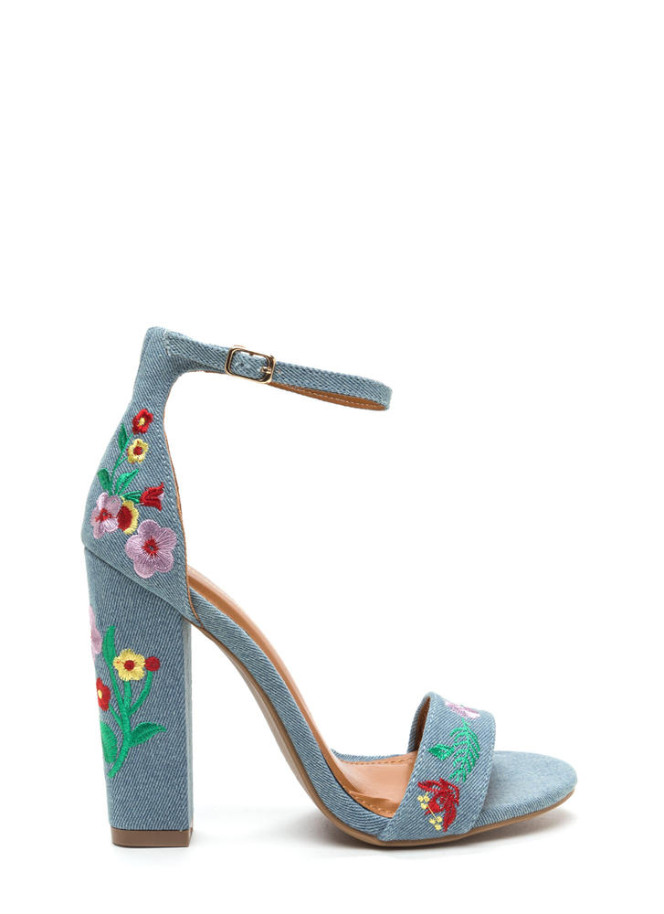 Top Flor Embroidered Chunky Heels LTBLUE
