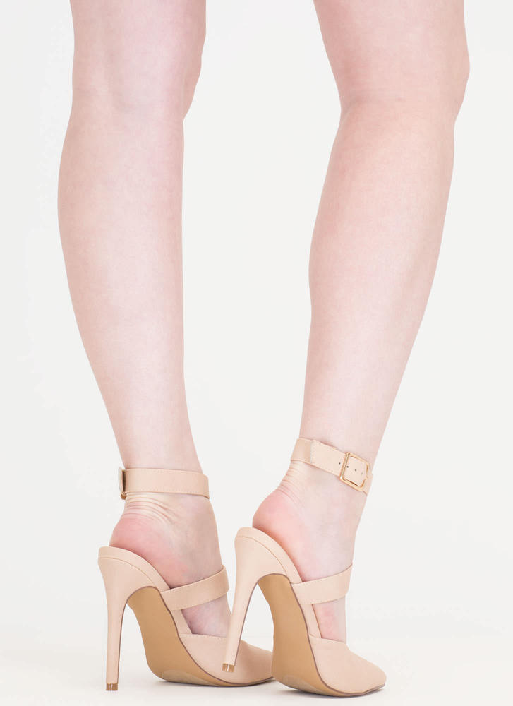 Main Chain Pointy T-Strap Heels NUDE
