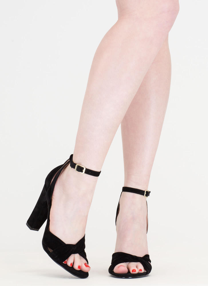 Knotty Idea Chunky Faux Suede Heels BLACK
