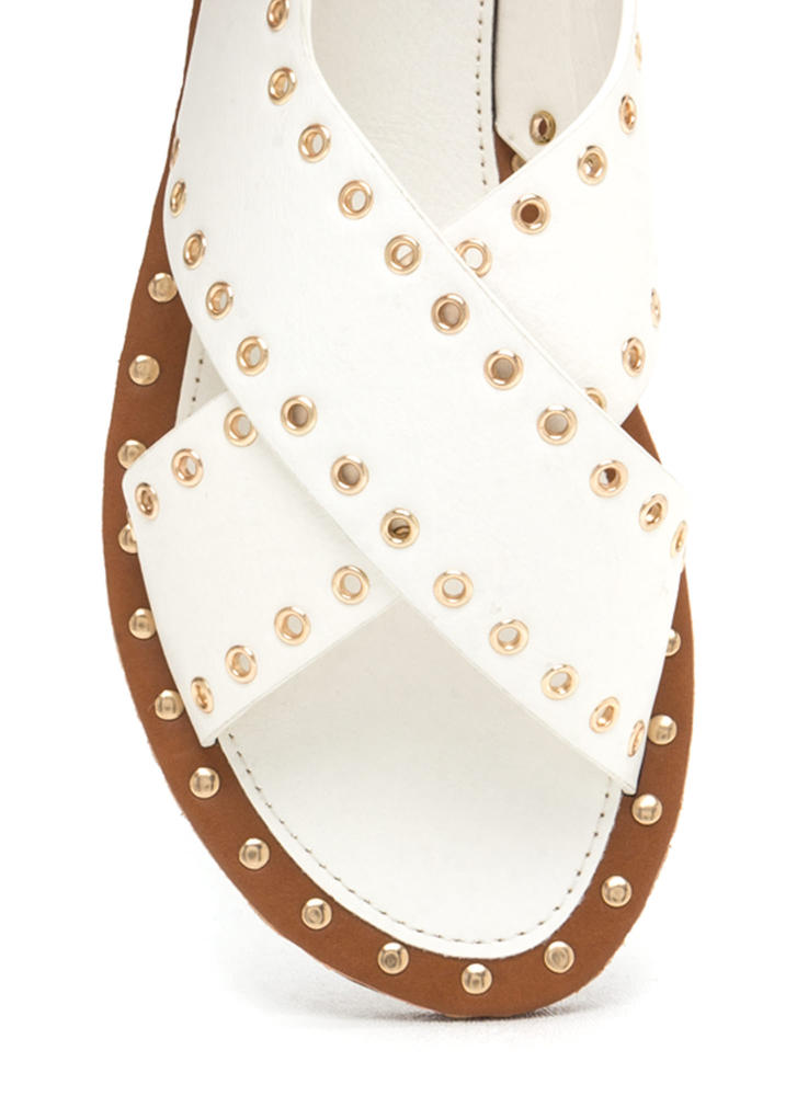 Hole In One Crisscrossed Sandals WHITE