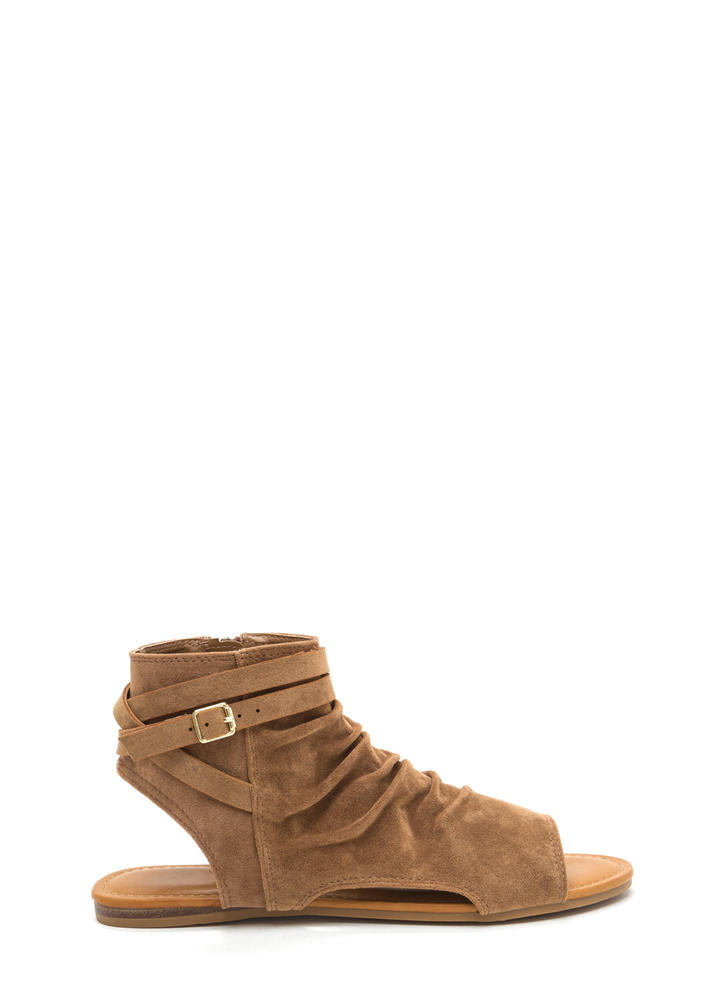 Playful Pick Slouchy Cut-Out Sandals CAMEL