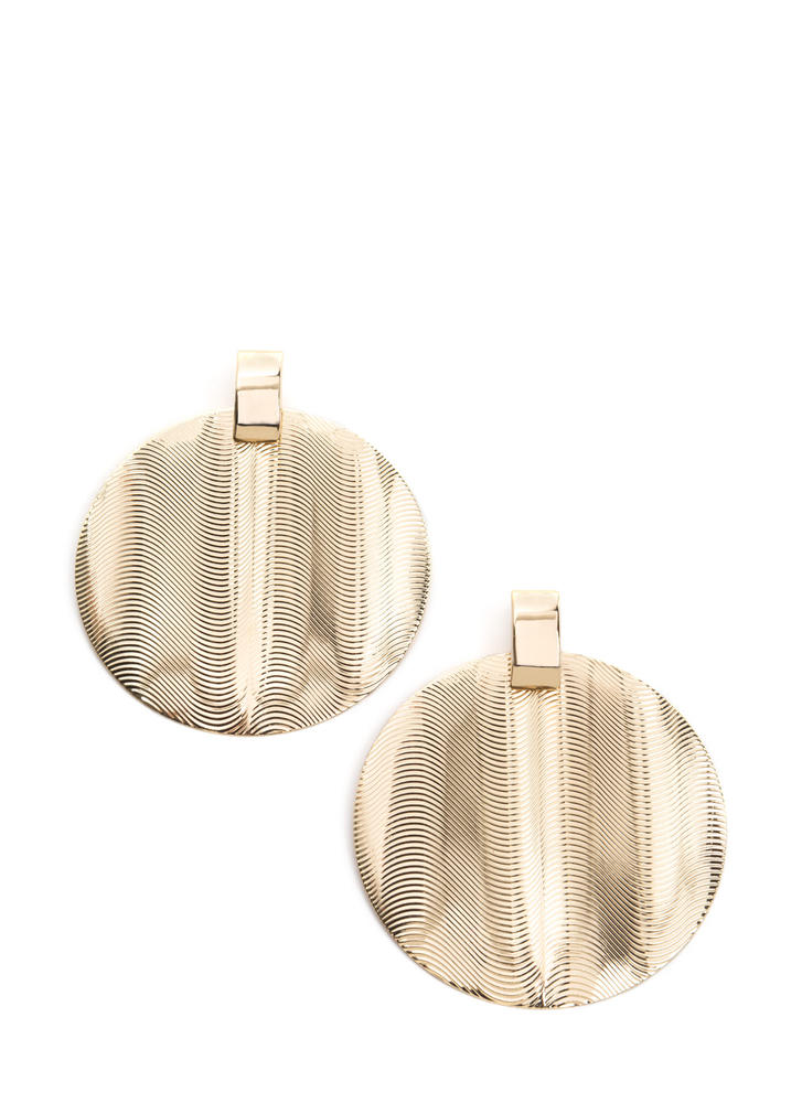 Throwback Touch Textured Disc Earrings