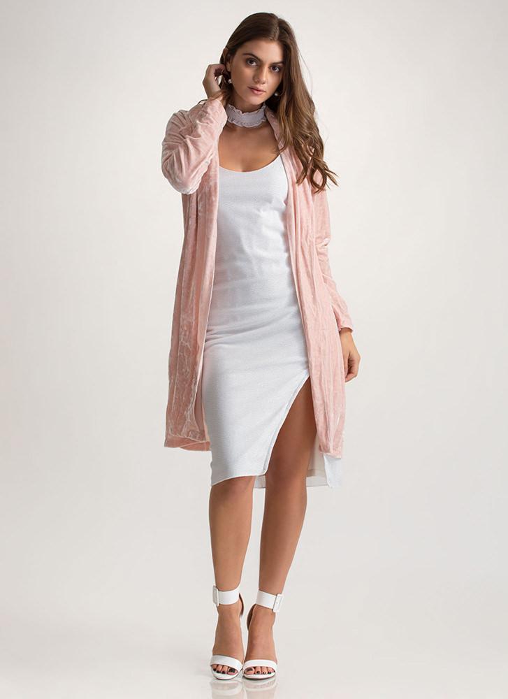Crushed The Competition Velvet Duster PINK