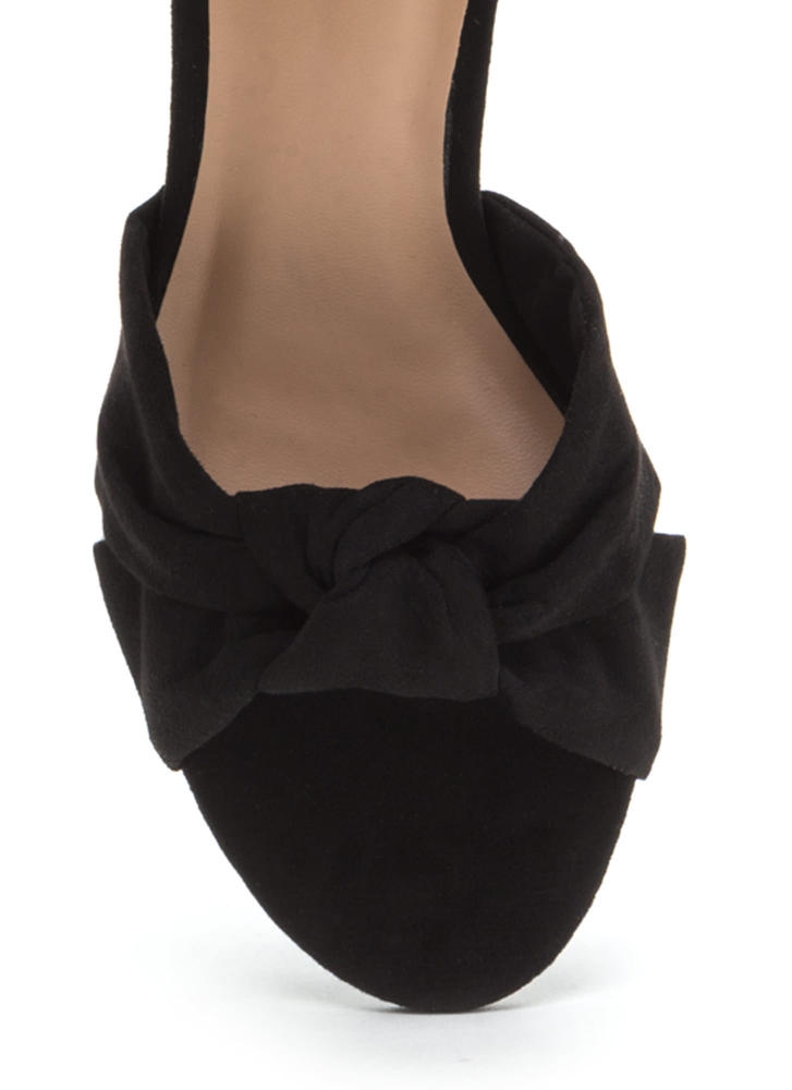 Knot So Bad Faux Suede Block Heels BLACK