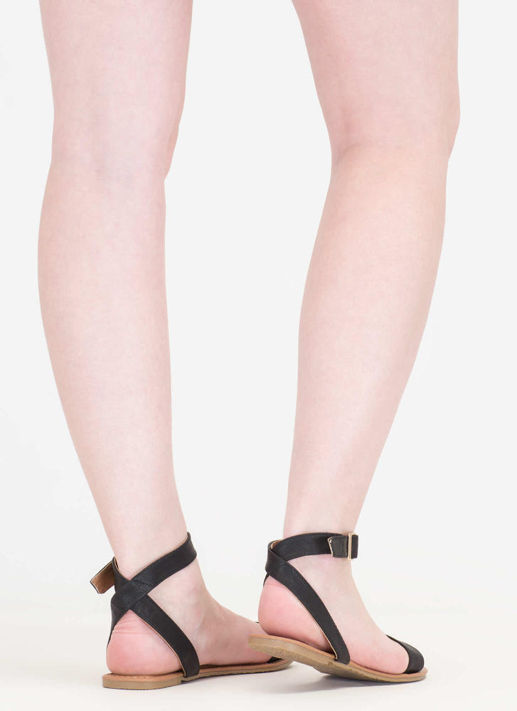 Clean Cut Buckled Strappy Sandals BLACK
