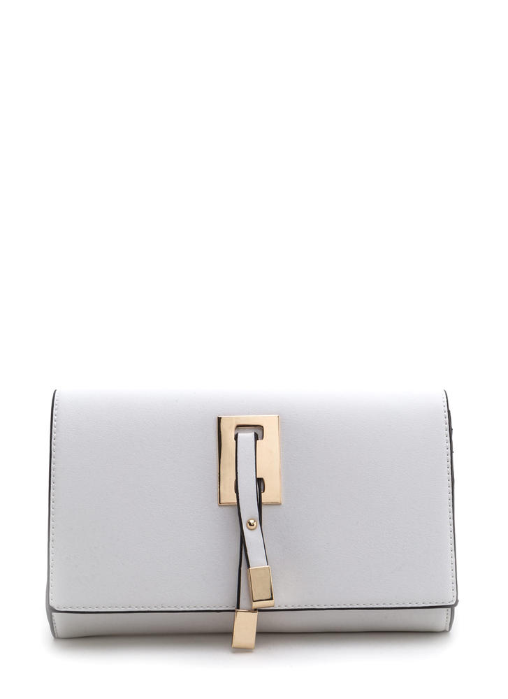 Chic Affair Faux Leather Clutch