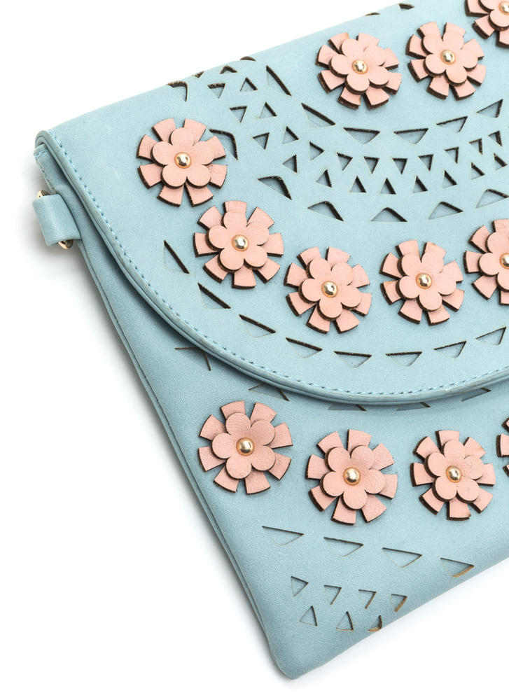 Nineties Daisy Chain Cut-Out Clutch BLUE