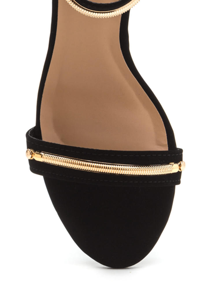 Plated Cool Strappy Omega Chain Heels BLACK