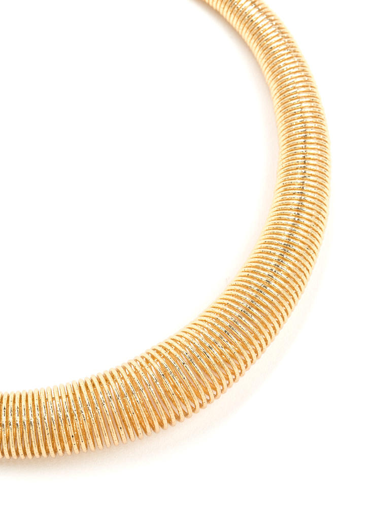 Get Collared Coiled Necklace Set GOLD