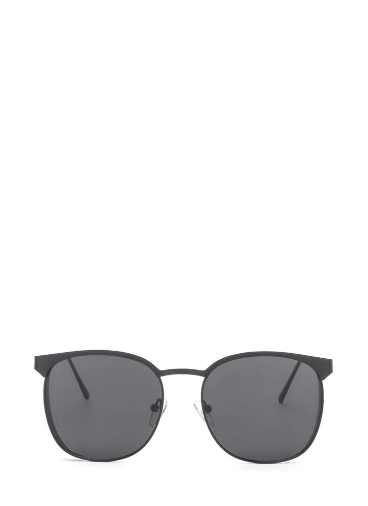 Reflect On It Rounded Sunglasses BLACK