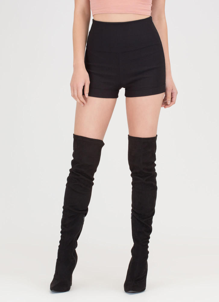 On A High-Waisted Cuffed Shorts BLACK