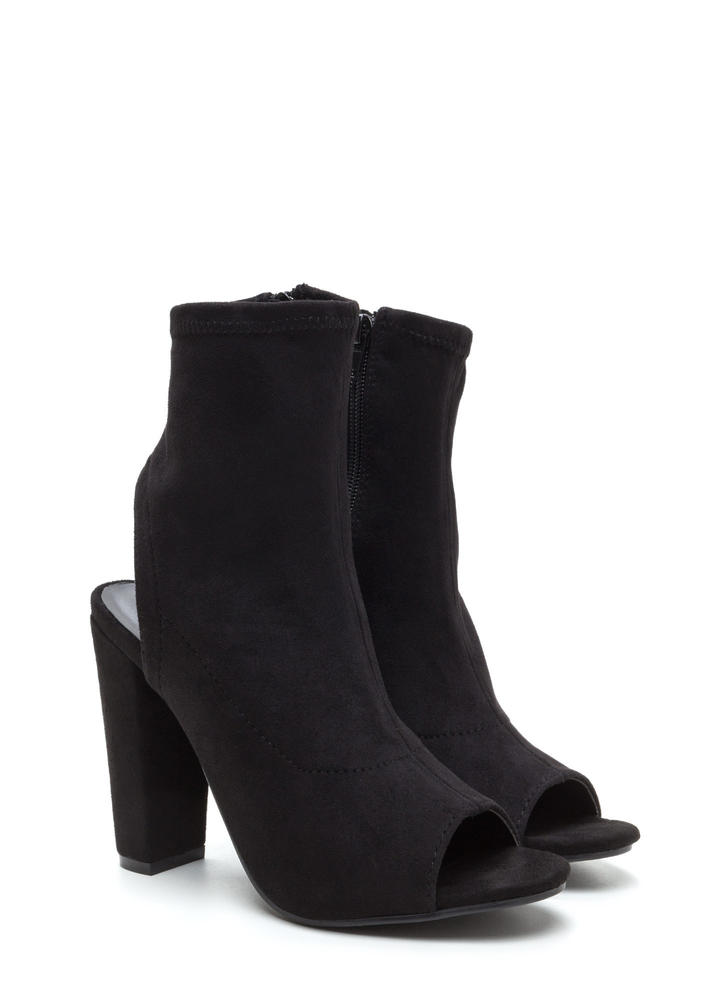 Take A Peep-Toe Chunky Cut-Out Booties BLACK
