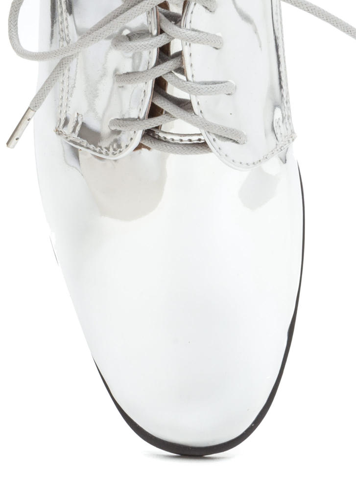 Polished Finish Metallic Oxford Flats SILVER