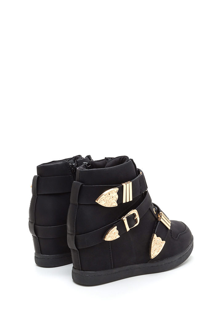 Off Duty Uniform Strappy Sneaker Wedges BLACK
