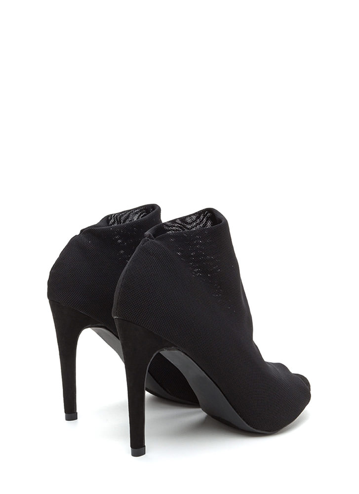 What A Hot Mesh Netted Peep-Toe Booties BLACK