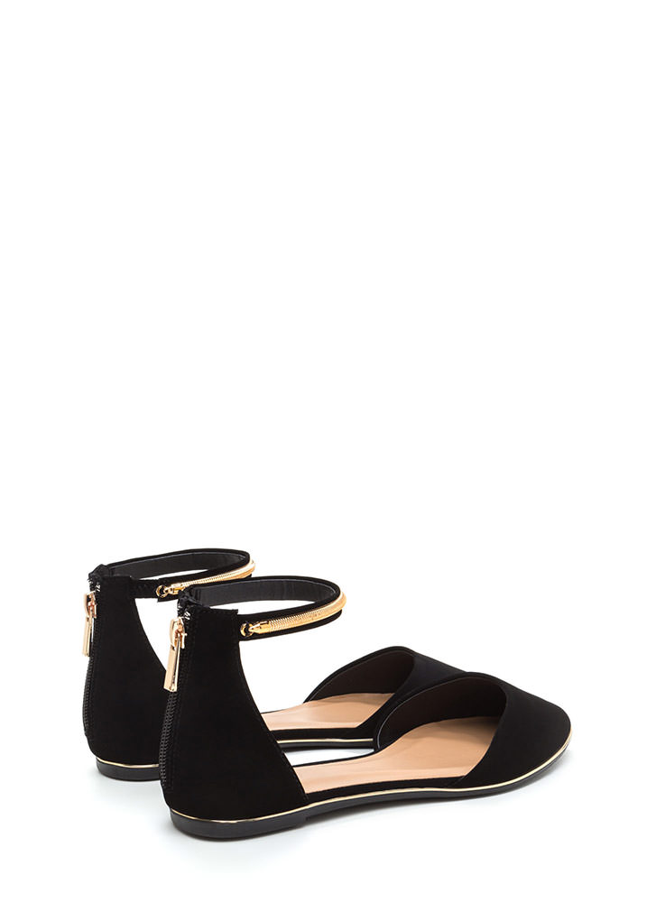 Point Out Faux Nubuck Chain Flats BLACK