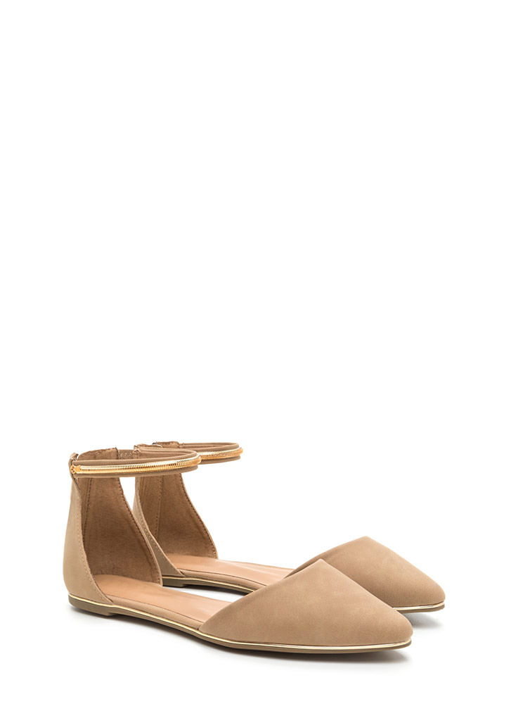 Point Out Faux Nubuck Chain Flats NATURAL
