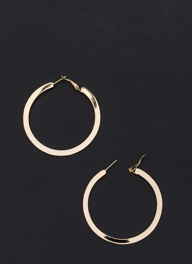 Flat Out Chic Shiny Hoop Earrings GOLD